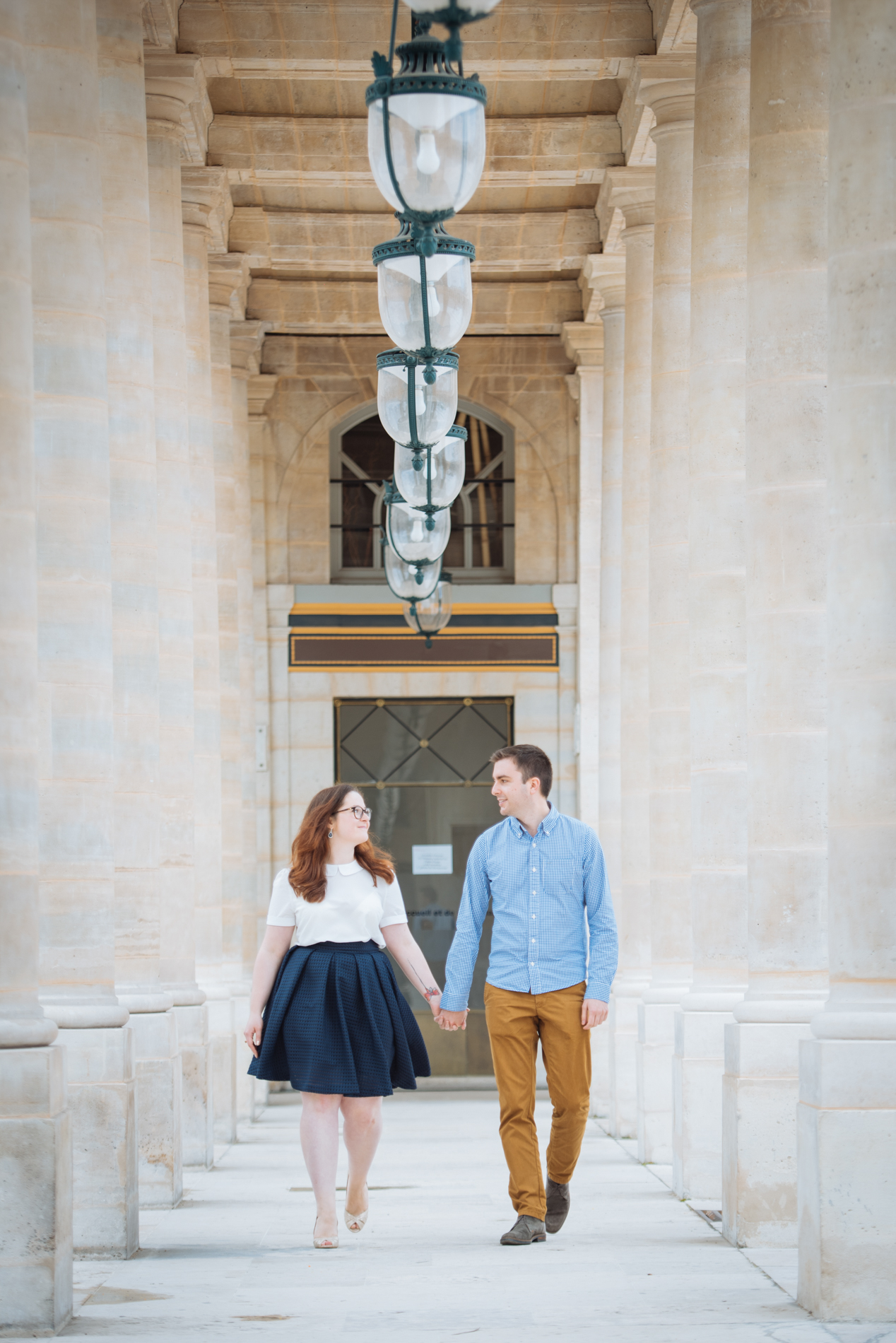 seance-engagement-paris-maldeme-photographe-palais royal-14