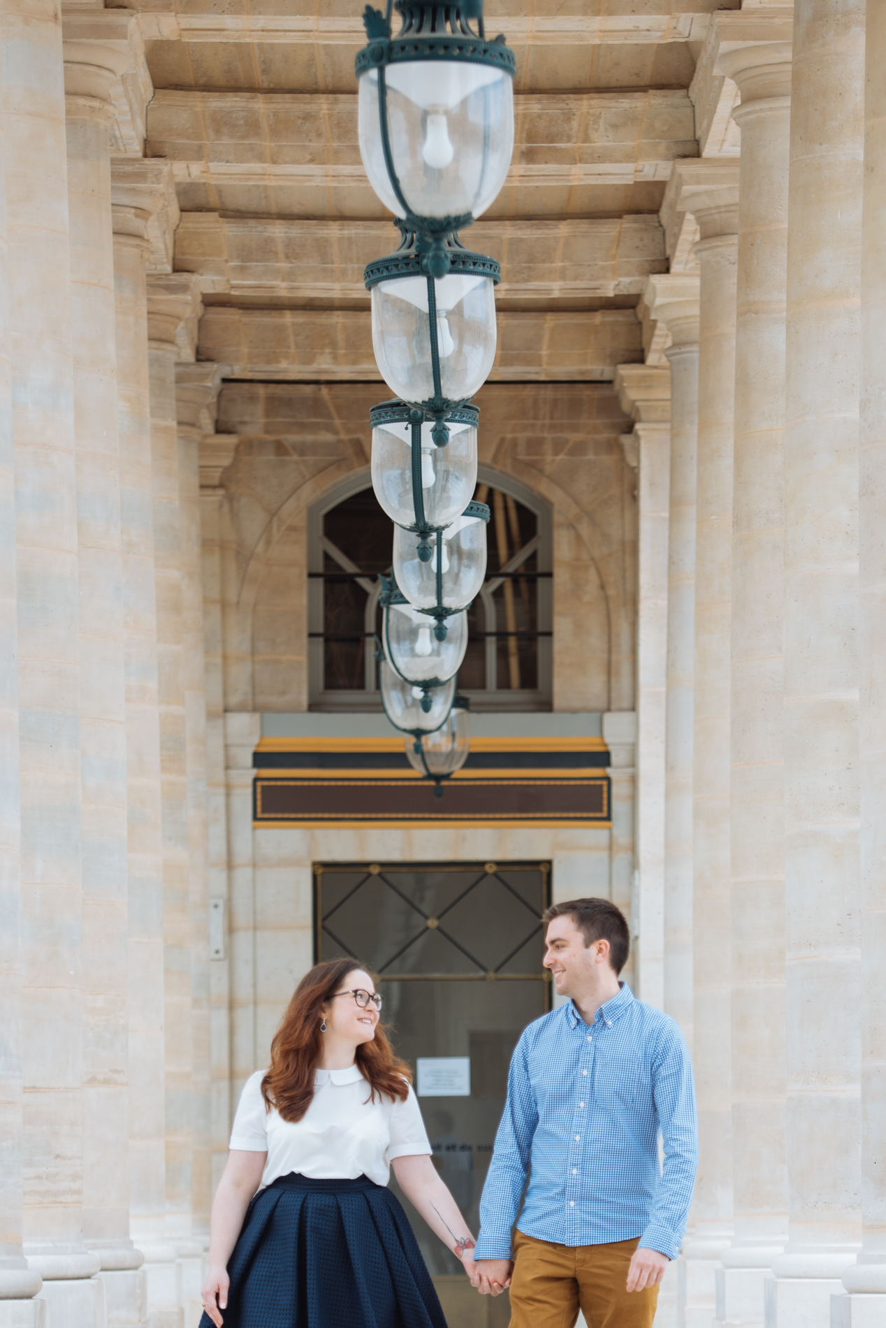 seance-engagement-paris-maldeme-photographe-palais royal-15