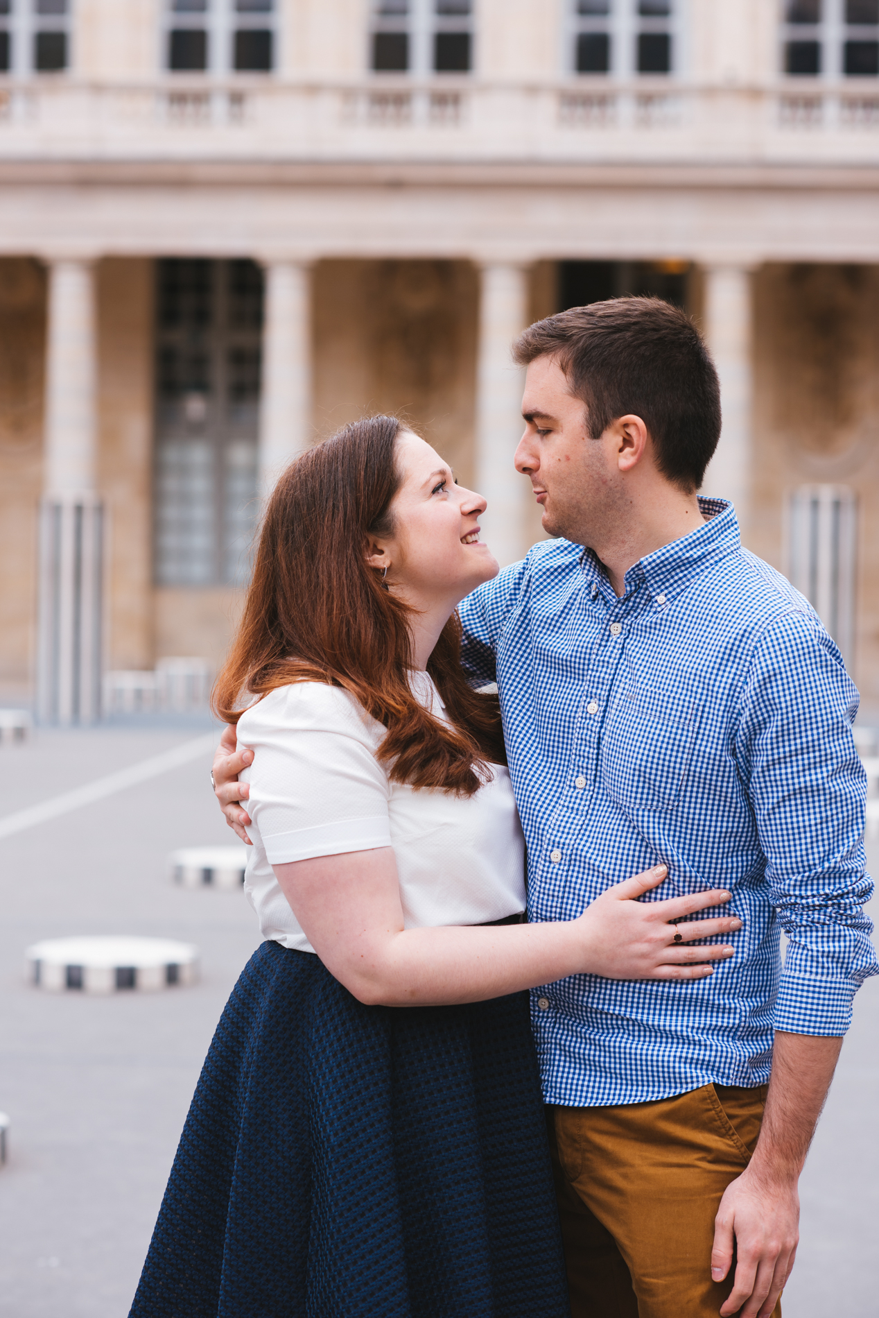 seance-engagement-paris-maldeme-photographe-palais royal-5