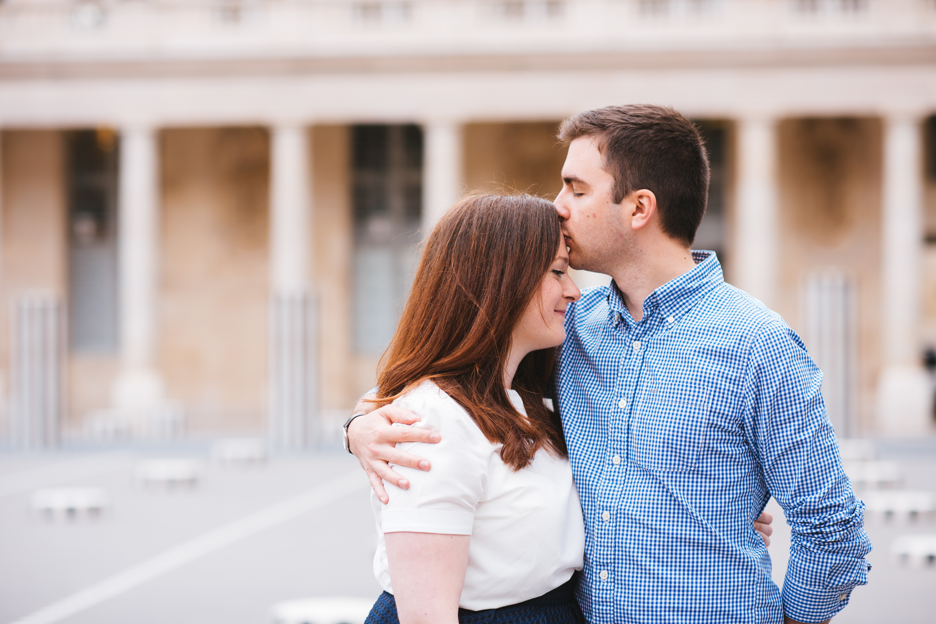 seance-engagement-paris-maldeme-photographe-palais royal-6